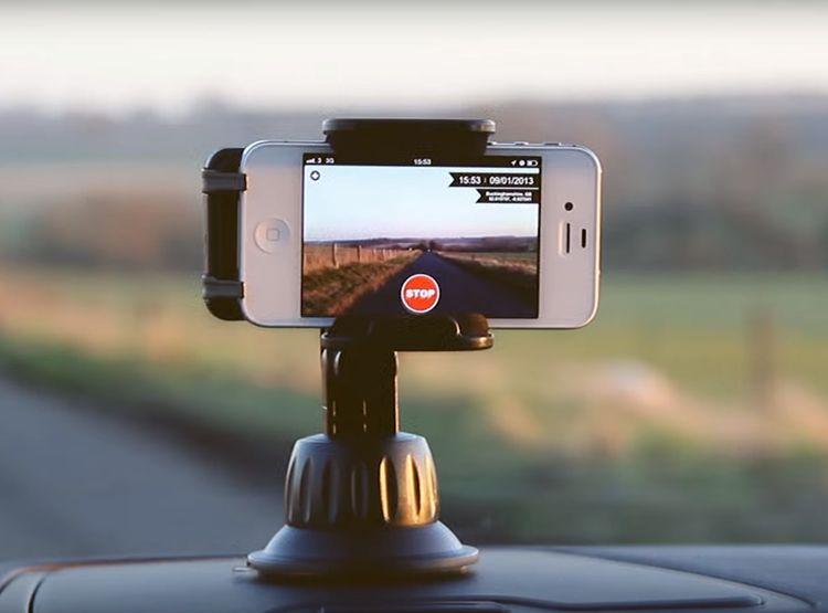 Hogyan készíts fedélzeti kamerát az iPhone 6s-ből?
